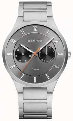 Bering Relógio de cronógrafo cinzento de titânio para homem 11539-779