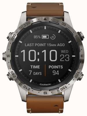 Garmin Marq aventureiro | couro marrom e pulseira de borracha preta 010-02006-27